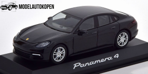 Porsche Panamera 4 (Zwart)