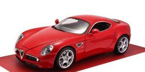 Alfa Romeo C8 Competizione (Rood) 1/32 Bburago