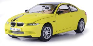 BMW M3 Coupe 2008 (Geel) 1/24 Motor Max