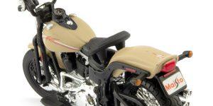 Harley Davidson FLSTSB Cross Bones 2008 (Beige) 1/18 Maisto