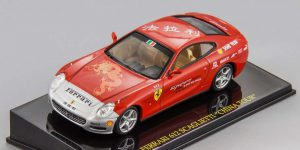 "Ferrari 612 Scaglietti ""China Tour"" (Rood) 1/43 Atlas"