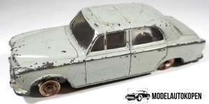 Dinky Toys 24B Peugeot 403