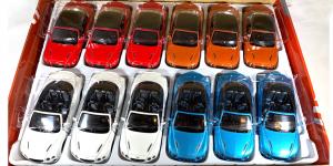 Bentley Continental Supersports Convertible Assortiment (12 stuks) 1/38 Kinsmart