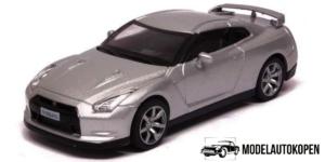 Nissan GT-R 2008 (Zilver)