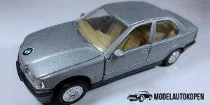BMW 325i (Grijs) - 1:39 (Opruiming)