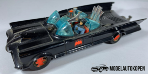 Batmobile (Zwart) - Corgi Toys (Opruiming)