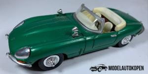 "Jaguar ""E"" Cabriolet (Groen) - 1:43 (Opruiming)"