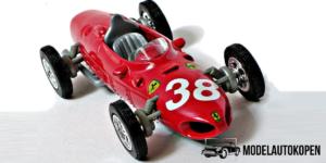 Ferrari 1961 156 F1 (Rood)