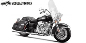 Harley Davidson 2013 FLHRC Road King Classic (Zwart)