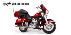 Harley Davidson 2013 FLHTK Electra Glide Ultra Limited (Rood)