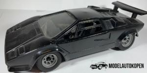 Lamborghini Countach (Zwart) - 1:23 (Opruiming)