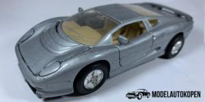 Jaguar XJ 220 (Grijs) - Welly 1:40 (Opruiming)