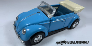 Volkswagen VW1200 (Licht Blauw) - 1:43 (Opruiming)