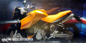 KTM LC8 Duke (Oranje) (12 cm) 1/24 Atlas