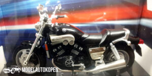 Yamaha 1200 V-Max (Zwart) (12 cm) 1/24 Atlas