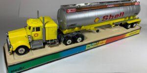 Miniatuur vrachtwagens van Shell