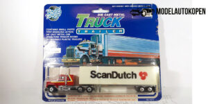 Road Tough Truck met trailer (ScanDutch) 1:87