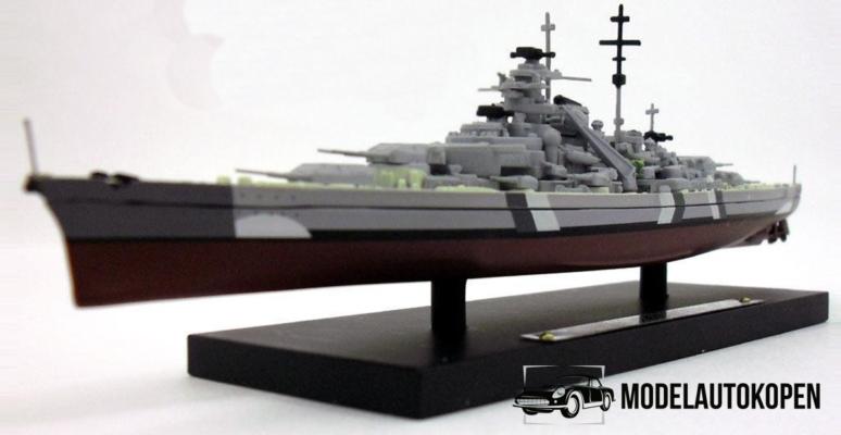 Oorlogsschepen in schaalmodel