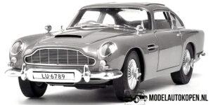 Aston Martin DB5 (James Bond 007 Goldfinger) (30cm) (Zilver) 1/18 Hot Wheels Elite