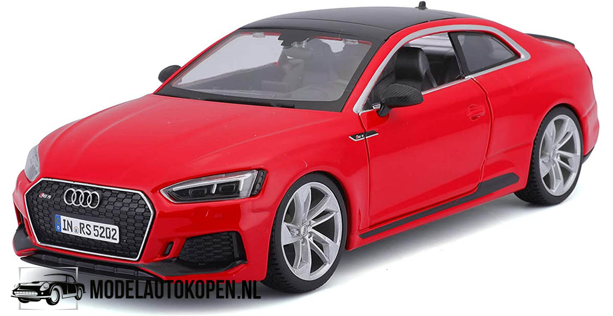 Audi RS5 Coupé (Rood) (17 cm) 1/24 Bburago