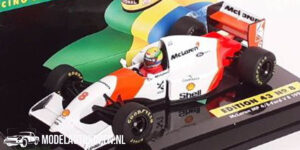 McLaren MP4/8 Ford V8 1993 (Wit) (10 cm) 1/43 Ayrton Senna Racing Car Collection