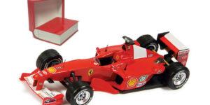 Ferrari F1 2000 Michael Schumacher Winner USA GP (Luxe Ferrari Case) (Rood) (10 cm) 1/43 Ferrari Official Product