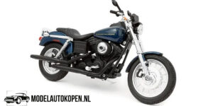 Harley Davidson 2004 Dyna Super Glide Sport (Blauw) (18 cm) 1/12 Maisto