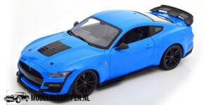 Ford Mustang Shelby GT500 2020 (Blauw/Zwart) (30cm) 1/18 Maisto