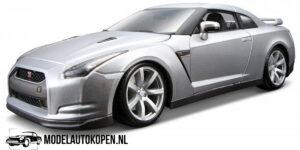 2009 Nissan GT-R R35 (Zilver) (30 cm) 1/18 Bburago