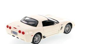 Chevrolet Corvette Z06 (Creme) (20 cm) 1/24 Maisto