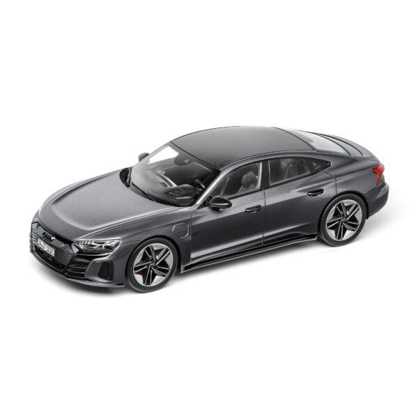 Audi e-TRON GT 2021 (Daytona Grijs) (30 cm) 1/18 Audi collection