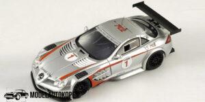 Mercedes-Benz SLR 722 GT Trophy (Zilver) (10cm) 1/43 Spark