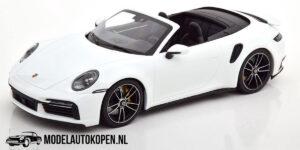 Porsche 911 Turbo S Cabriolet 2020 - Limited Edition 1 of 302 pcs (Wit) (30 cm) 1/18 MiniChamps
