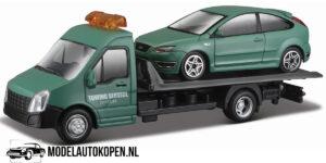 Ford Focus ST + Flatbed Transporter (Groen) (16 cm) 1/43 Bburago