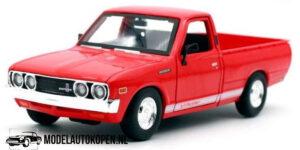 1973 Datsun 620 Pick-up (Rood) (20cm) 1/24 Maisto