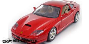 Ferrari 550 Maranello 1966 (Rood) (30 cm) 1/18 Bburago