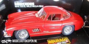 Mercedes-Benz 300 SL 1954 (Rood) (30 cm) 1/18 Bburago