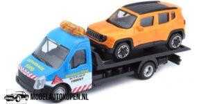 Jeep Renegade + Flatbed Transporter (Oranje) (16 cm) 1/43 Bburago
