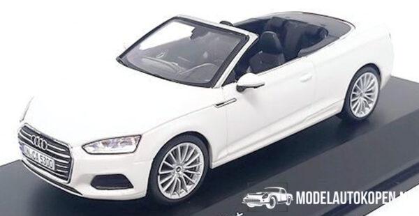 Audi A5 Cabriolet 2017 (Wit) (10 cm) 1/43 Audi Collection Dealer model Spark