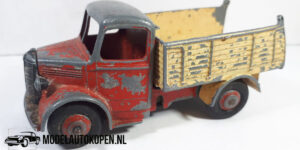 Dinky Toys 410 Bedford Tipper Dump Truck Meccano