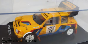 Peugeot 205 (Yellow) (22cm) + showcase 1:18 Solido Racing Collection