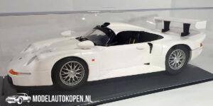 Porsche 911 GT1 (Wit) (26 cm) + Showcase 1:18 Anson