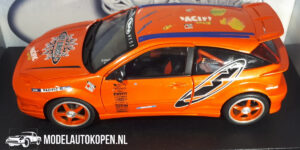 Ford Focus (Oranje) (24 cm) HotWheels 1:18