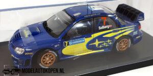 Subaru Impreza WCT #7 Solberg (Blauw) (24cm) + Showcase 1:18 Solido