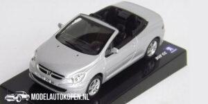 Peugeot 307 CC (Zilver) (10 cm) 1/43 Atlas