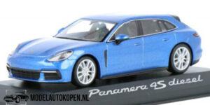 Porsche Panamera 4S Diesel (Blauw) (11cm) 1/43 MiniChamps