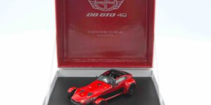 Donkervoort D8 GTO-40 (Rood) (10 cm) 1/43 Limited Edition [395/400pcs]