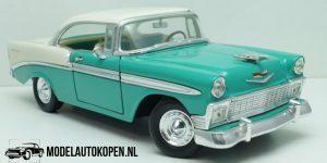 Chevrolet Bel Air 1956 (Turquoise) (30 cm) 1/18 Road Legends Die-Cast Collection