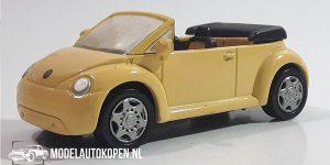 1998 Volkswagen Beetle (Creme) (10 cm) 1/43 New-Ray