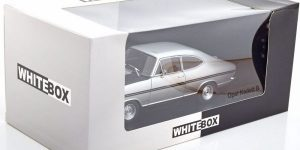 Opel Kadett B (Zilver) (16 cm) 1/24 WhiteBox